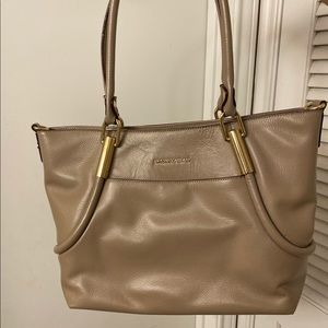 Tan Antonio Milani Handbag BRAND NEW 😍